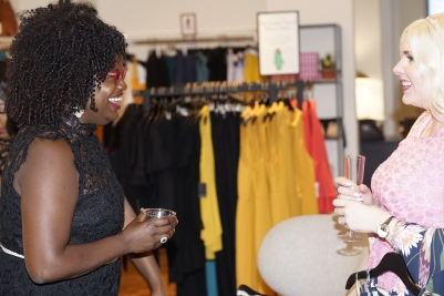 Ati Williams of HeyHoneycomb.com and Dani Sauter of @blondeinthedistrict